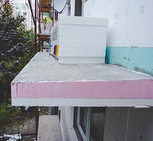 ATSTAVBY s.r.o. stavebná spoločnosť balkón